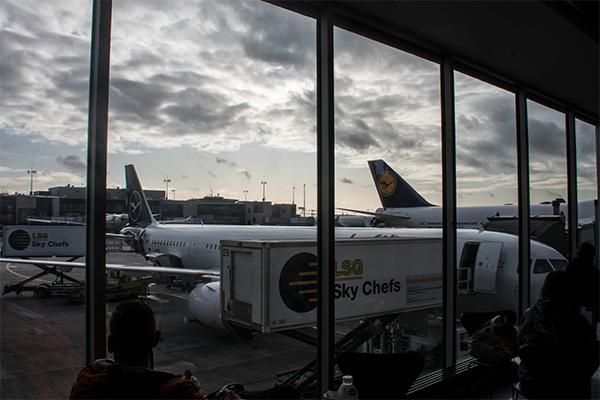 Avioane Lufthansa pe Frankfurt, unul dintre cele mai mari aeroporturi din Europa