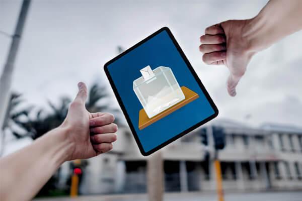 Tableta arătând ce înseamnă vot online