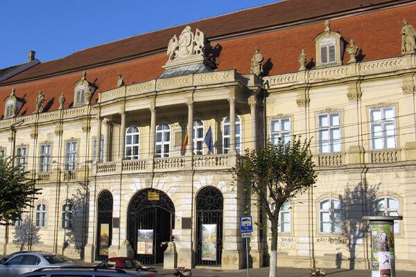 Locuri de vizitat Cluj-Napoca: Palatul Banffy