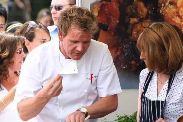 Chef Gordon Ramsay gatind